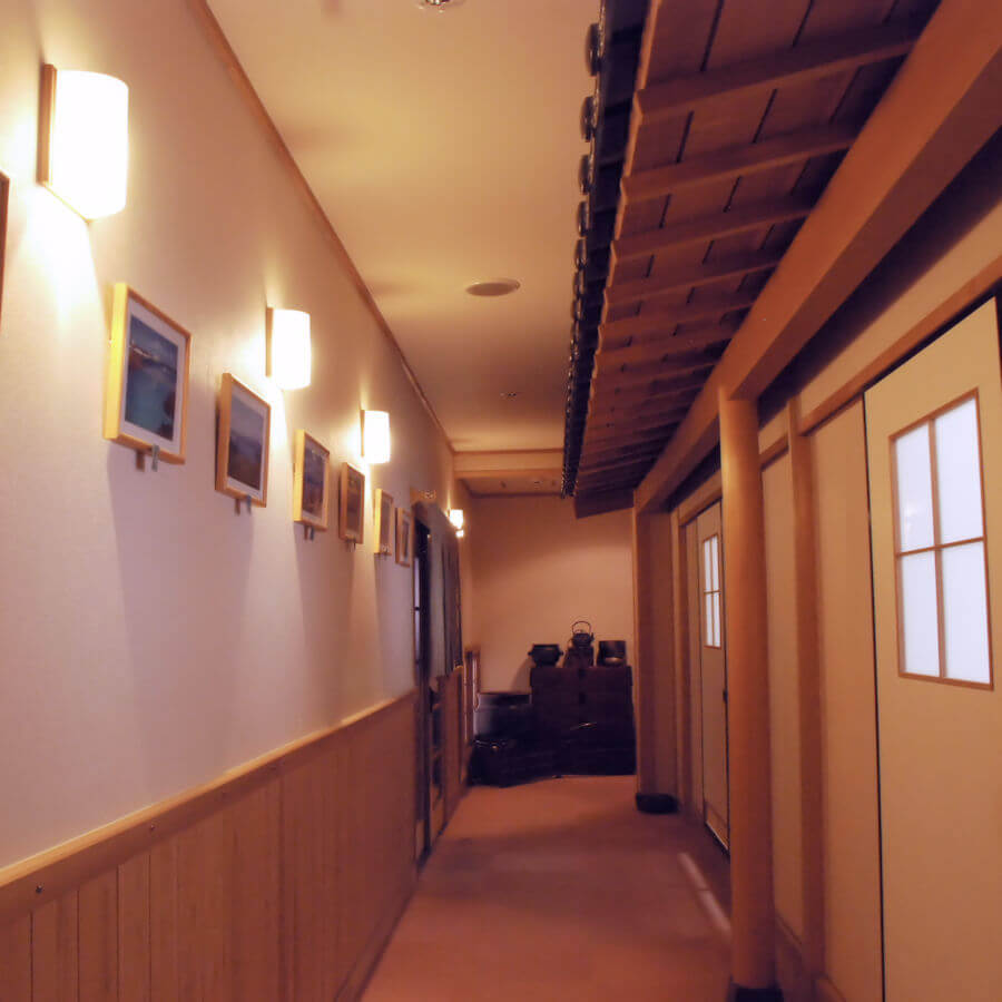 食事処の廊下
