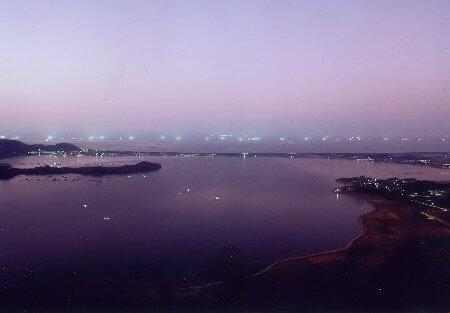 かぶとやま展望台からの夜景